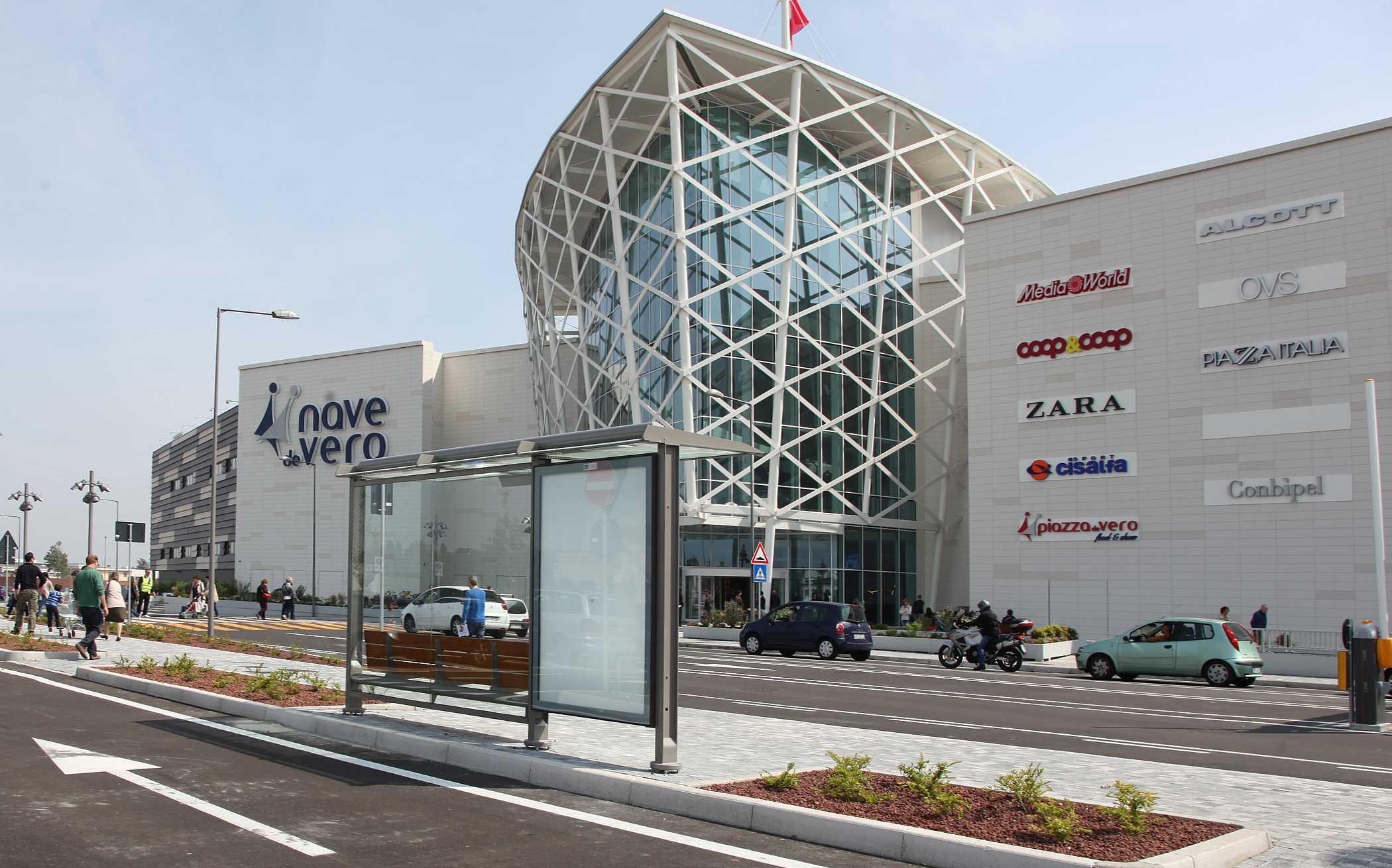 Marghera Venice Italy. Shopping Mall Nave de Vero 9407b405efa